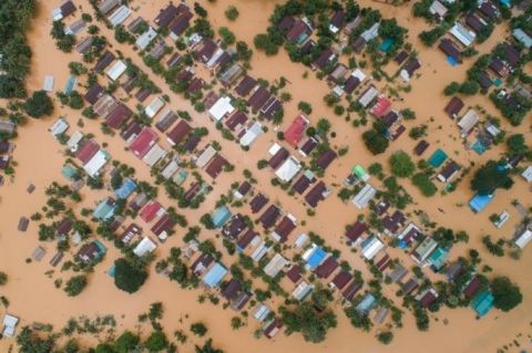 floodwaters-submerged-areas-of-ye-township