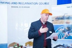 Dredging and Reclamation Course - Awards & Certificates 2018-02-09